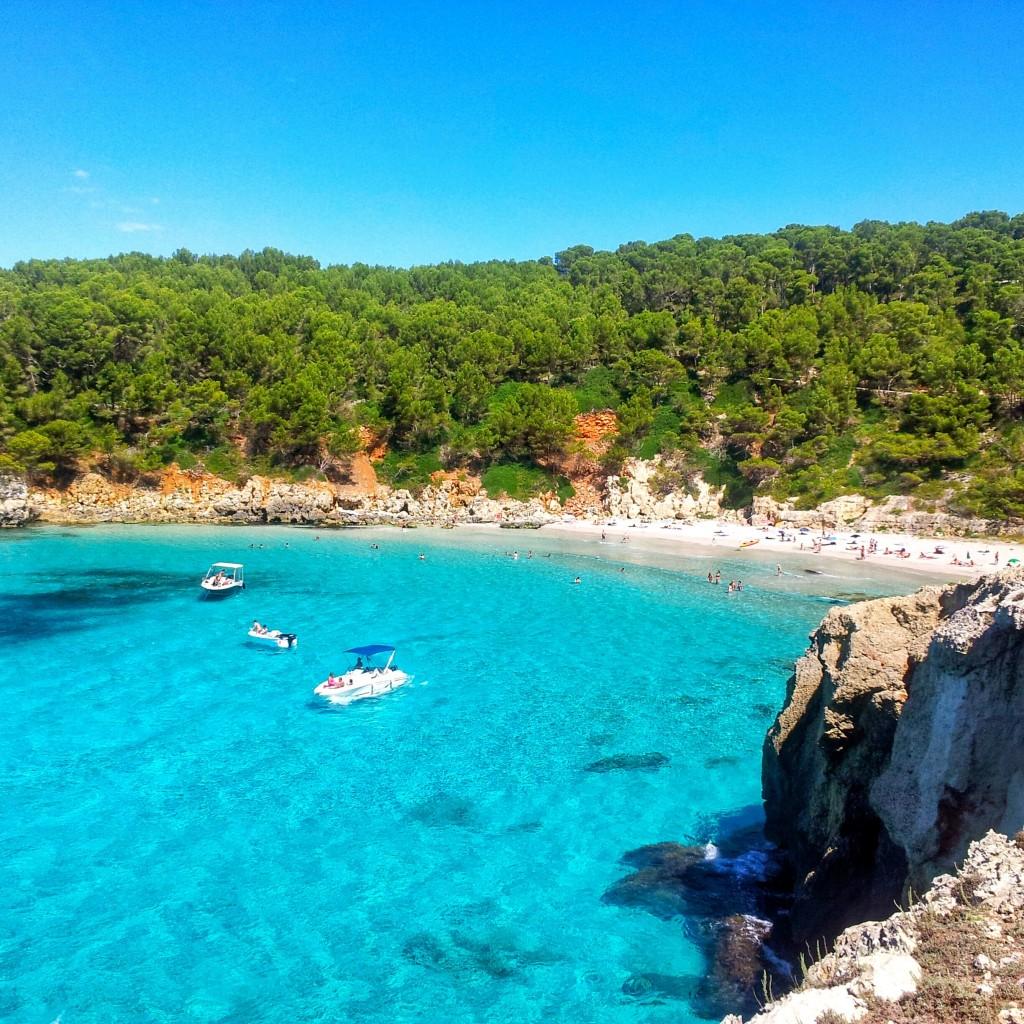 playas de menorca Cala Escorxada